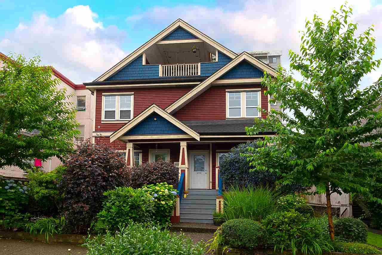 FEATURED LISTING: 1732 GEORGIA Street East Vancouver