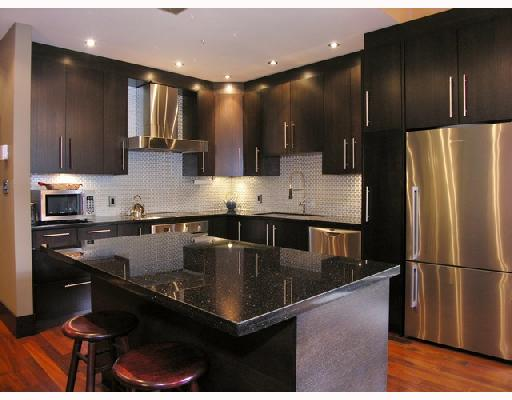 "Main Photo: 102 1970 HARO Street in Vancouver: West End VW Condo for sale in ""LAGOON ROYALE"" (Vancouver West)  : MLS® # V726155"