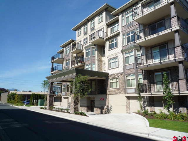 "Main Photo: 203 9060 BIRCH Street in Chilliwack: Chilliwack W Young-Well Condo for sale in ""THE ASPEN GROVE"" : MLS®# H1002748"