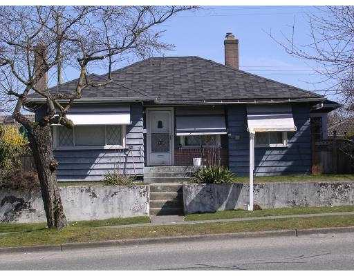 FEATURED LISTING: 1434 NANAIMO Street Vancouver