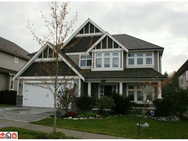 FEATURED LISTING: 3838 CAVES Court Abbotsford
