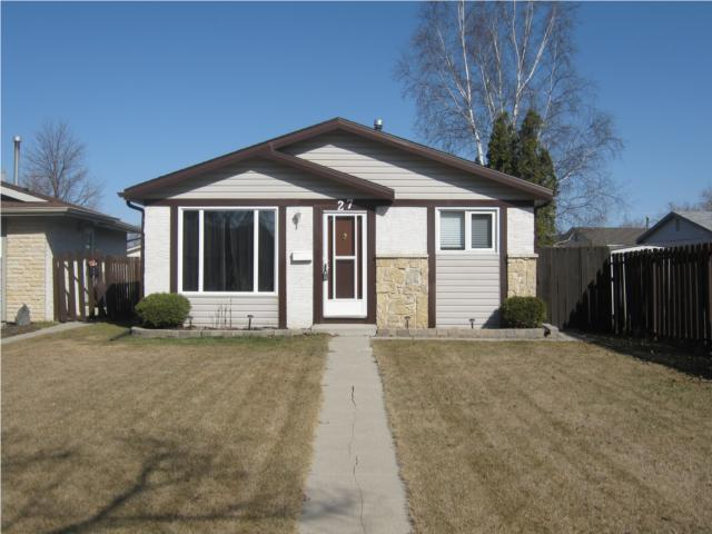FEATURED LISTING: 27 Champagne Crescent WINNIPEG