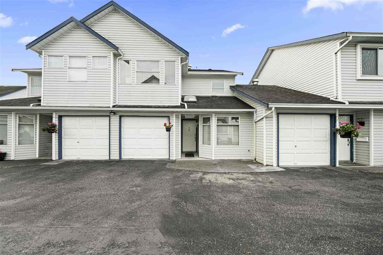 FEATURED LISTING: 20 - 20625 118 Avenue Maple Ridge