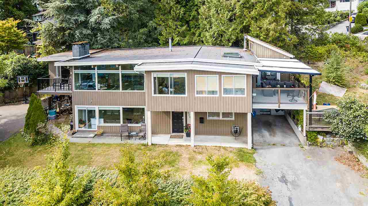FEATURED LISTING: 526 SOMERSET Street North Vancouver