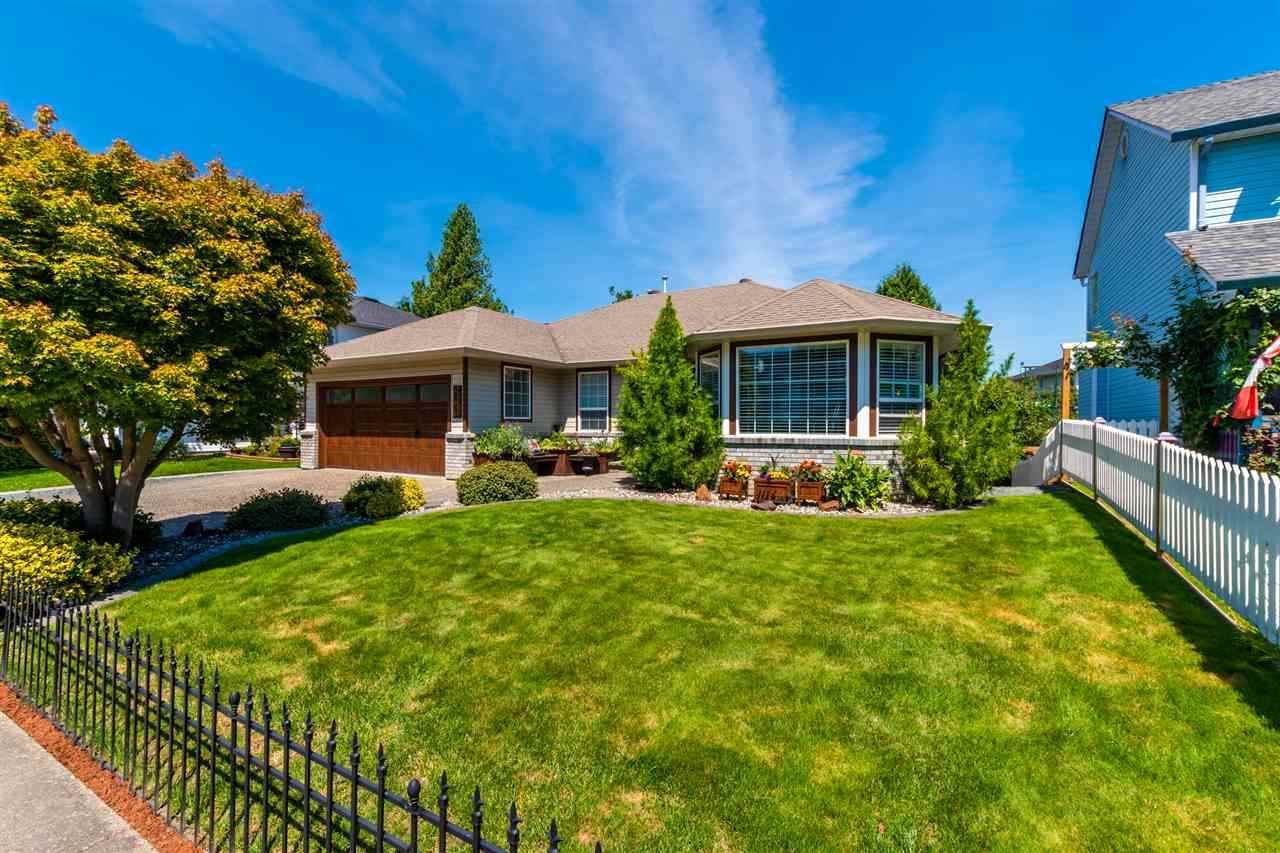 FEATURED LISTING: 44689 LANCASTER Drive Chilliwack