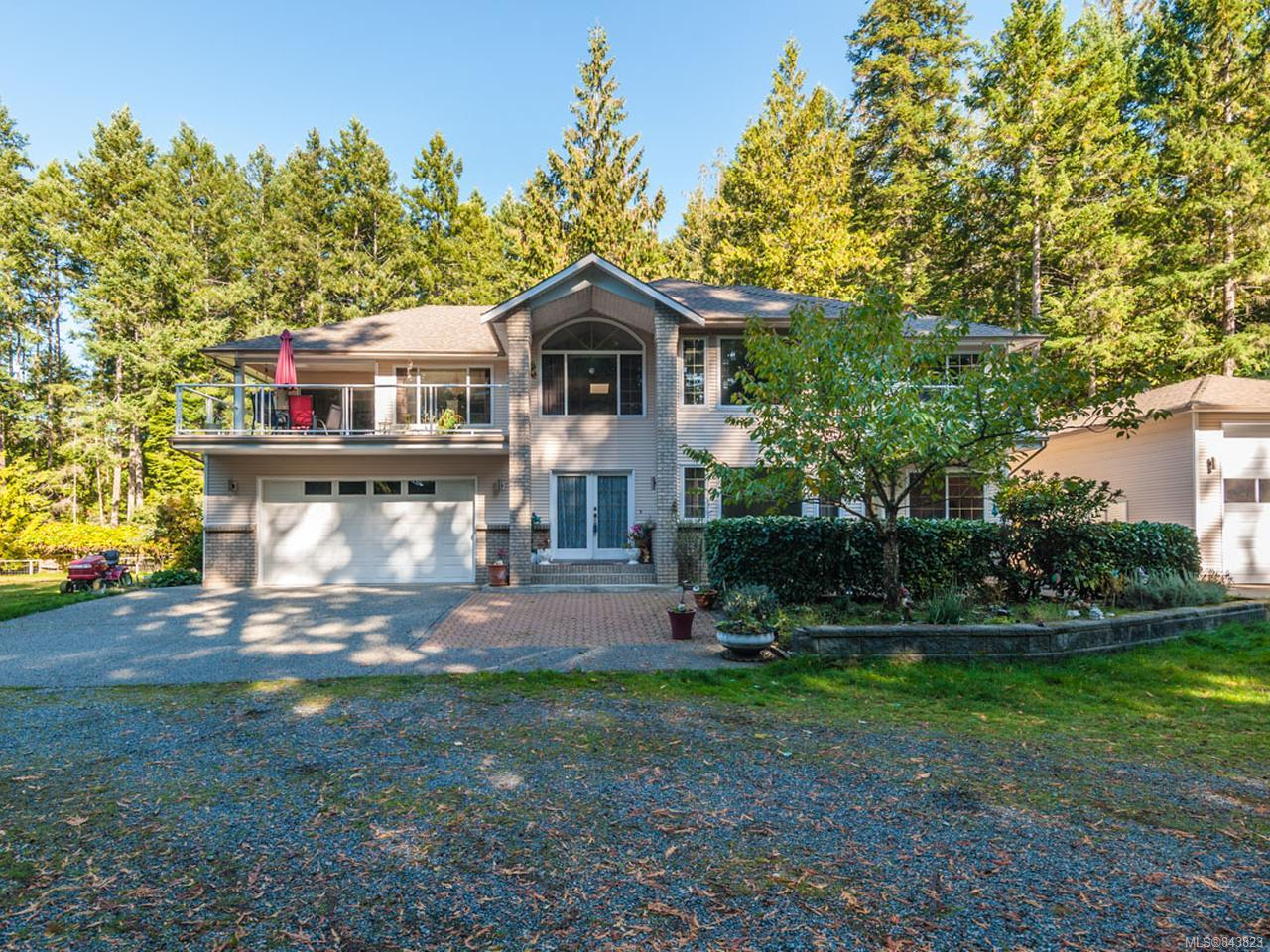 FEATURED LISTING: 400 North Rd GABRIOLA ISLAND