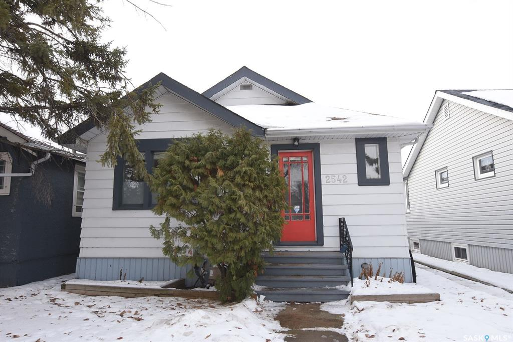FEATURED LISTING: 2542 Wallace Street Regina