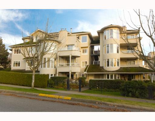 "Main Photo: 305 7520 COLUMBIA Street in Vancouver: Marpole Condo for sale in ""SPRINGS AT LANGARA"" (Vancouver West)  : MLS® # V774014"