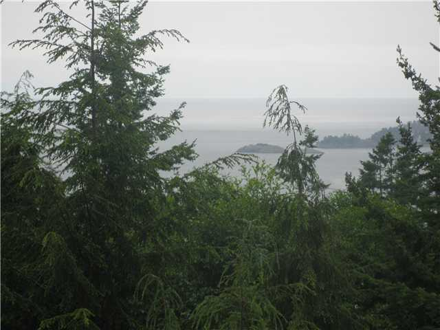Main Photo: 1557 WHITE SAILS Drive: Bowen Island House for sale : MLS®# V836661