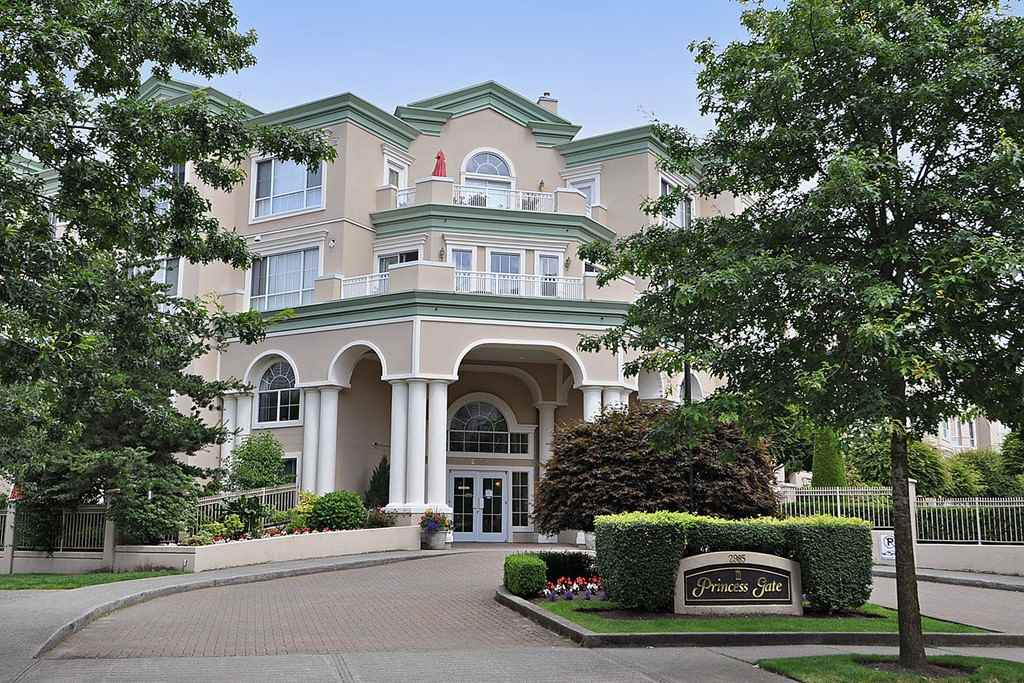 FEATURED LISTING: 117 - 2985 PRINCESS Crescent Coquitlam