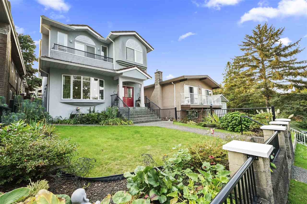 FEATURED LISTING: 121 FELL Avenue North Burnaby