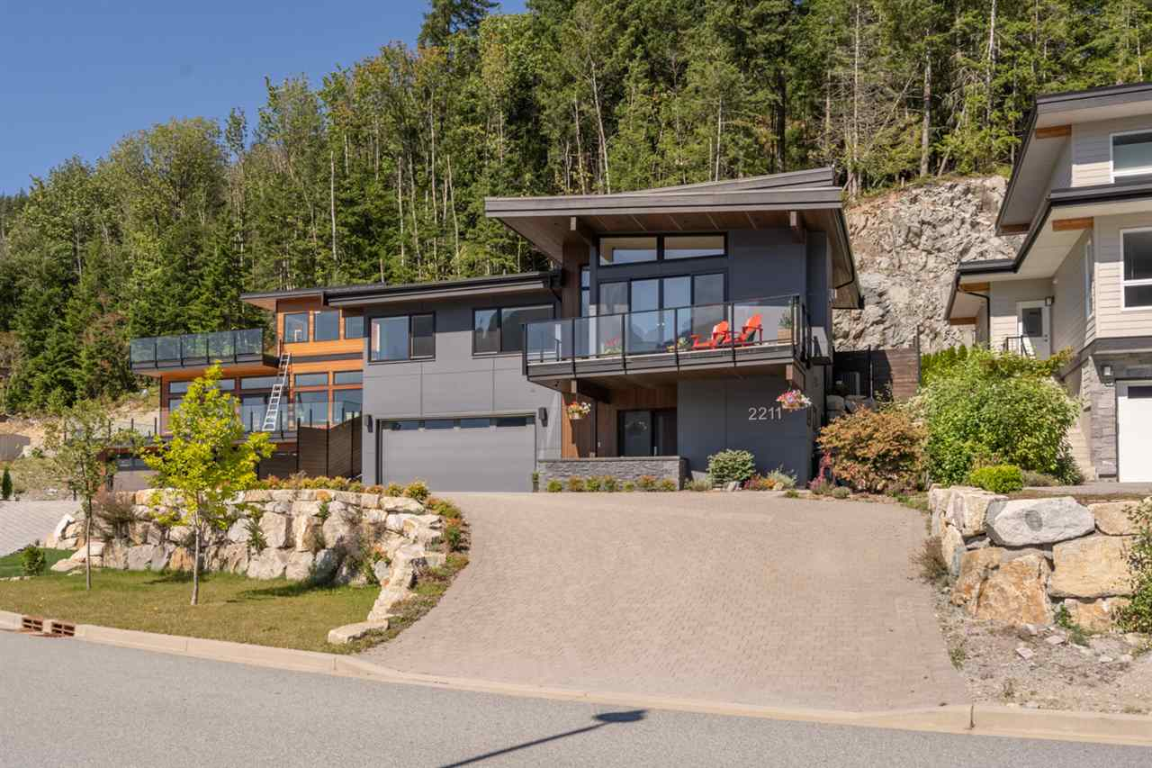FEATURED LISTING: 2211 CRUMPIT WOODS Drive Squamish