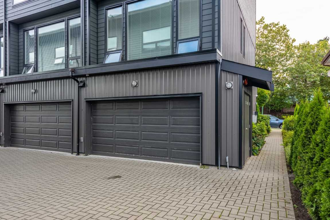 FEATURED LISTING: A - 6688 DUFFERIN Avenue Burnaby