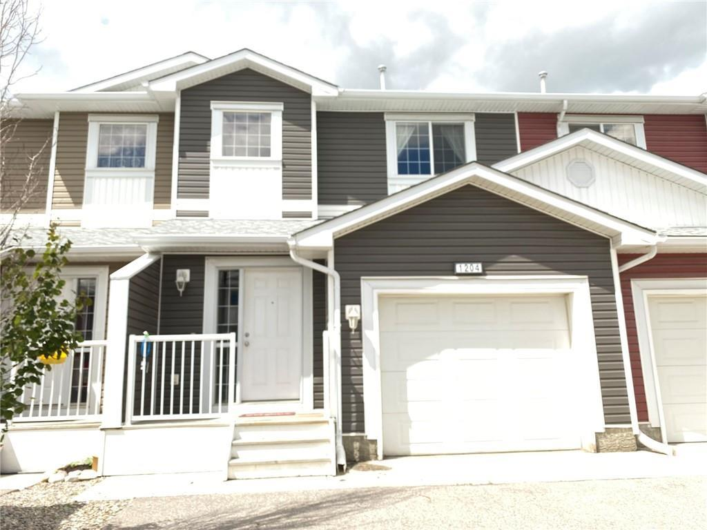 FEATURED LISTING: 1204 - 800 YANKEE VALLEY Boulevard Southeast Airdrie