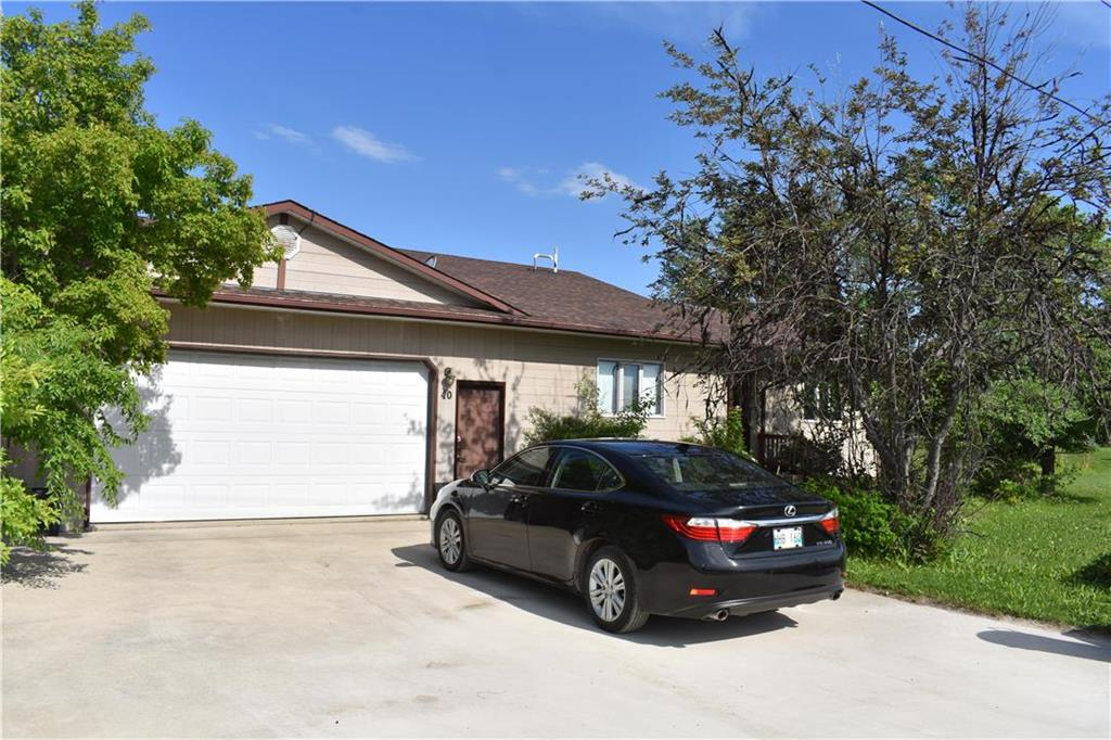 FEATURED LISTING: 40 SUNSET Boulevard Gimli Rm