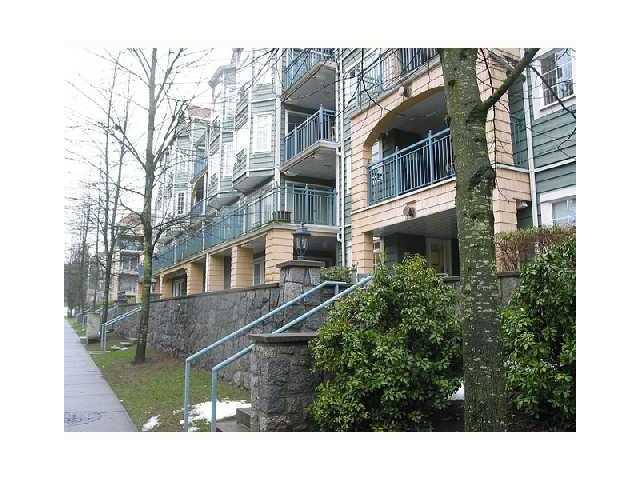 "Main Photo: 411 1199 WESTWOOD Street in Coquitlam: North Coquitlam Condo for sale in ""LAKESIDE TERRACE"" : MLS®# V842166"