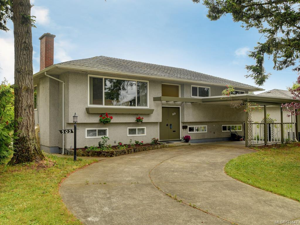 FEATURED LISTING: 505 Ridgebank Cres Saanich
