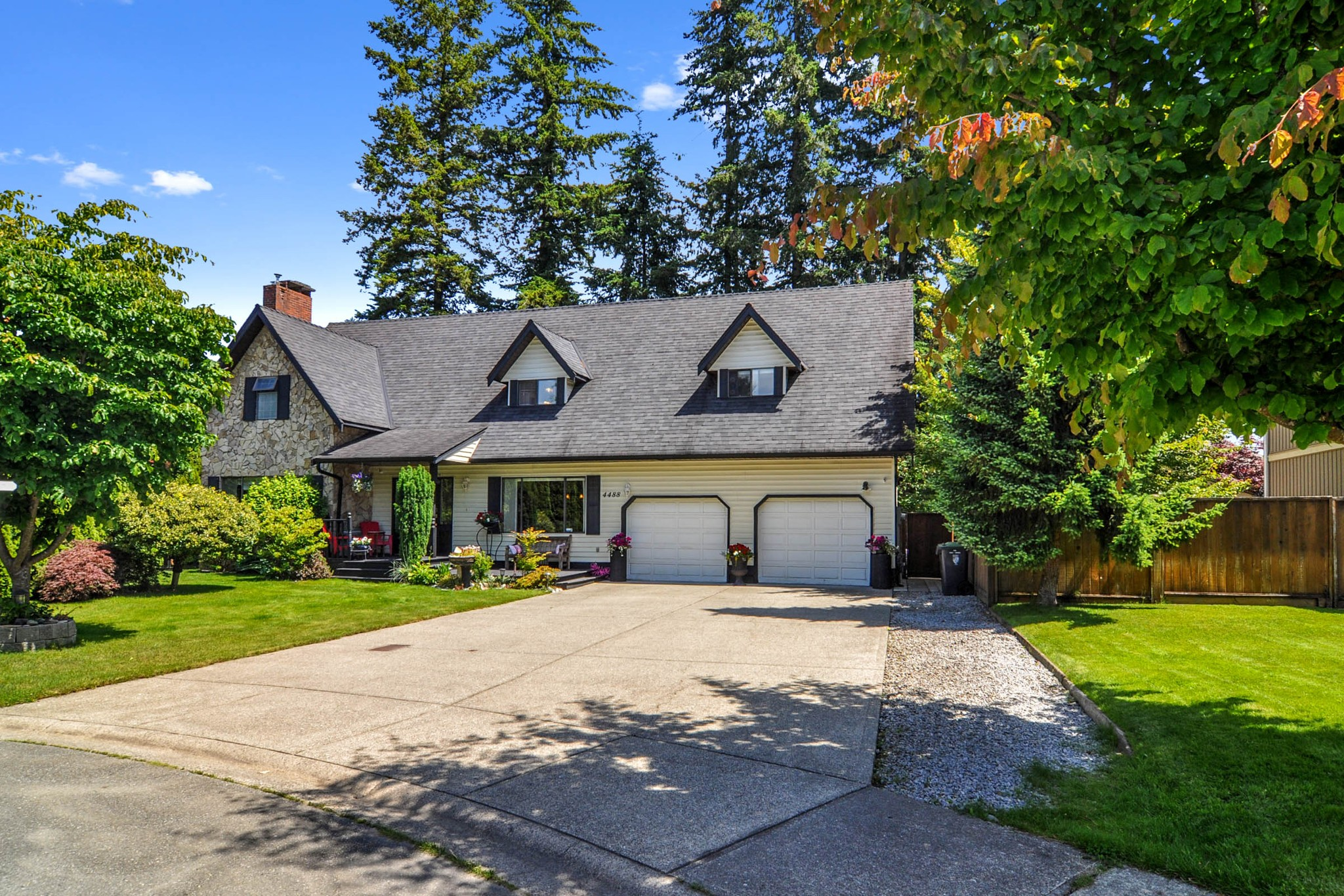FEATURED LISTING: 4488 208A Street Langley