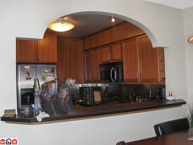 "Photo 4: 201 15272 19TH Avenue in Surrey: King George Corridor Condo for sale in ""BAKERVIEW PARK"" (South Surrey White Rock)  : MLS(r) # F1007989"