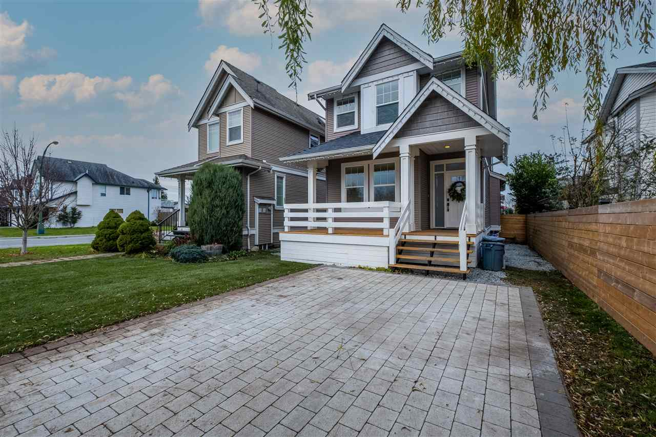 FEATURED LISTING: 34711 5TH Avenue Abbotsford