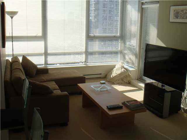 "Photo 4: 2210 928 BEATTY Street in Vancouver: Downtown VW Condo for sale in ""MAX"" (Vancouver West)  : MLS® # V854398"