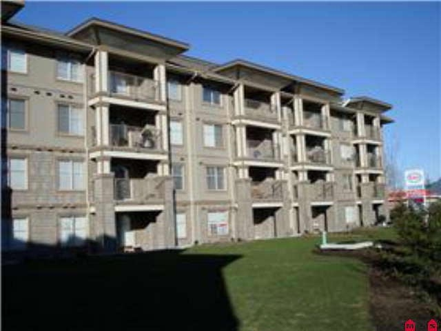 FEATURED LISTING: 105 - 45555 YALE Road Chilliwack