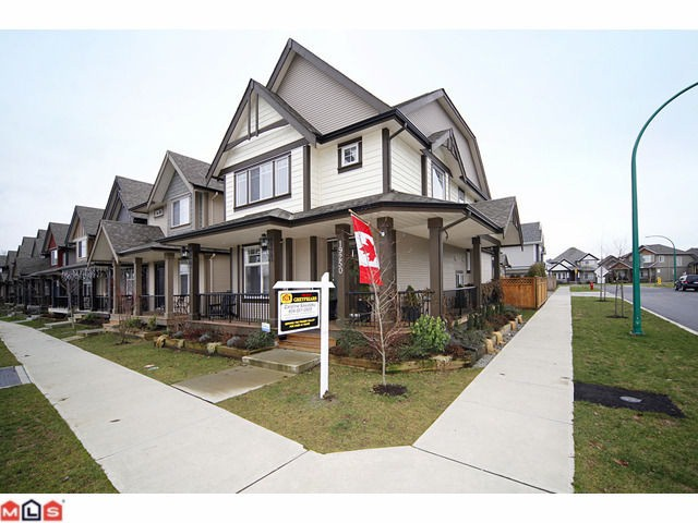 Main Photo: 19250 73RD Avenue in Surrey: Clayton House for sale (Cloverdale)  : MLS®# F1029415