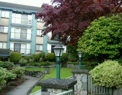 "Main Photo: 212 5450 EMPIRE DR in Burnaby: Capitol Hill BN Condo for sale in ""EMPIRE PLACE"" (Burnaby North)  : MLS®# V590775"