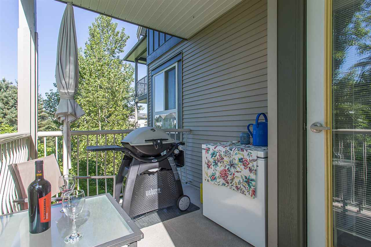 "Photo 20: 305 5475 201 Street in Langley: Langley City Condo for sale in ""HERITAGE PARK"" : MLS® # R2170773"