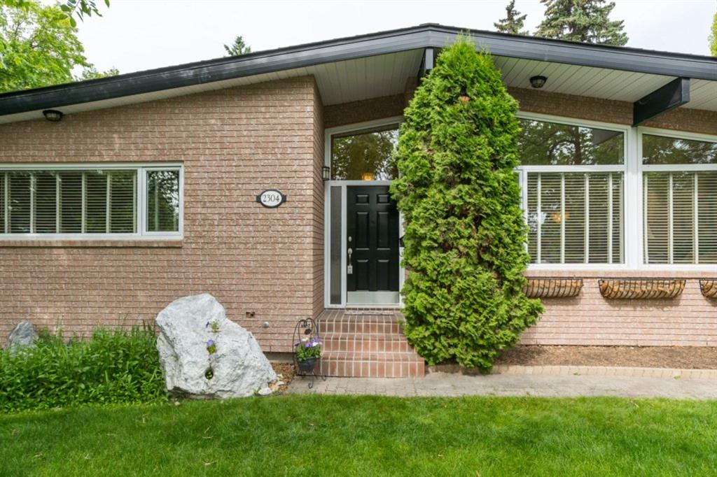 FEATURED LISTING: 2304 LONGRIDGE Drive Southwest Calgary