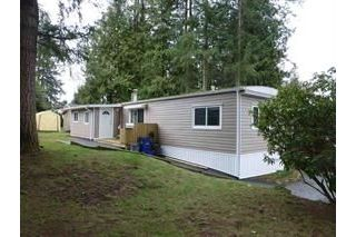 "Main Photo: 13 24330 FRASER Highway in Langley: Otter District Manufactured Home for sale in ""Langley GroveEstates"" : MLS® # R2224640"