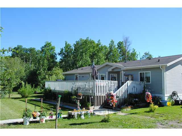Main Photo: 14521 SIPHON CREEK Road in Fort St. John: Fort St. John - Rural E 100th Manufactured Home for sale (Fort St. John (Zone 60))  : MLS®# N240345