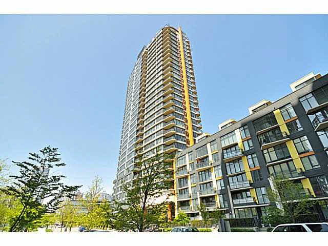 Main Photo: 703 33 SMITHE STREET in : Yaletown Condo for sale : MLS® # V1099678