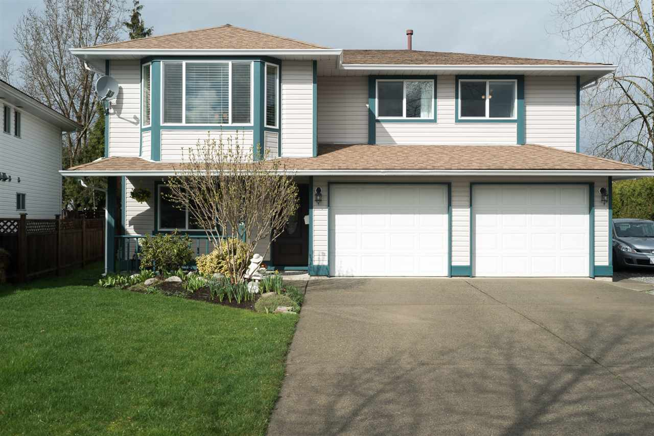 "Main Photo: 21555 51B Avenue in Langley: Murrayville House for sale in ""Murrayville"" : MLS®# R2151102"