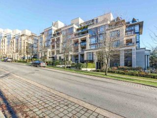 "Main Photo: 501 9380 UNIVERSITY Crescent in Burnaby: Simon Fraser Univer. Condo for sale in ""ONE UNIVERSITY CRESCENT"" (Burnaby North)  : MLS® # R2226842"