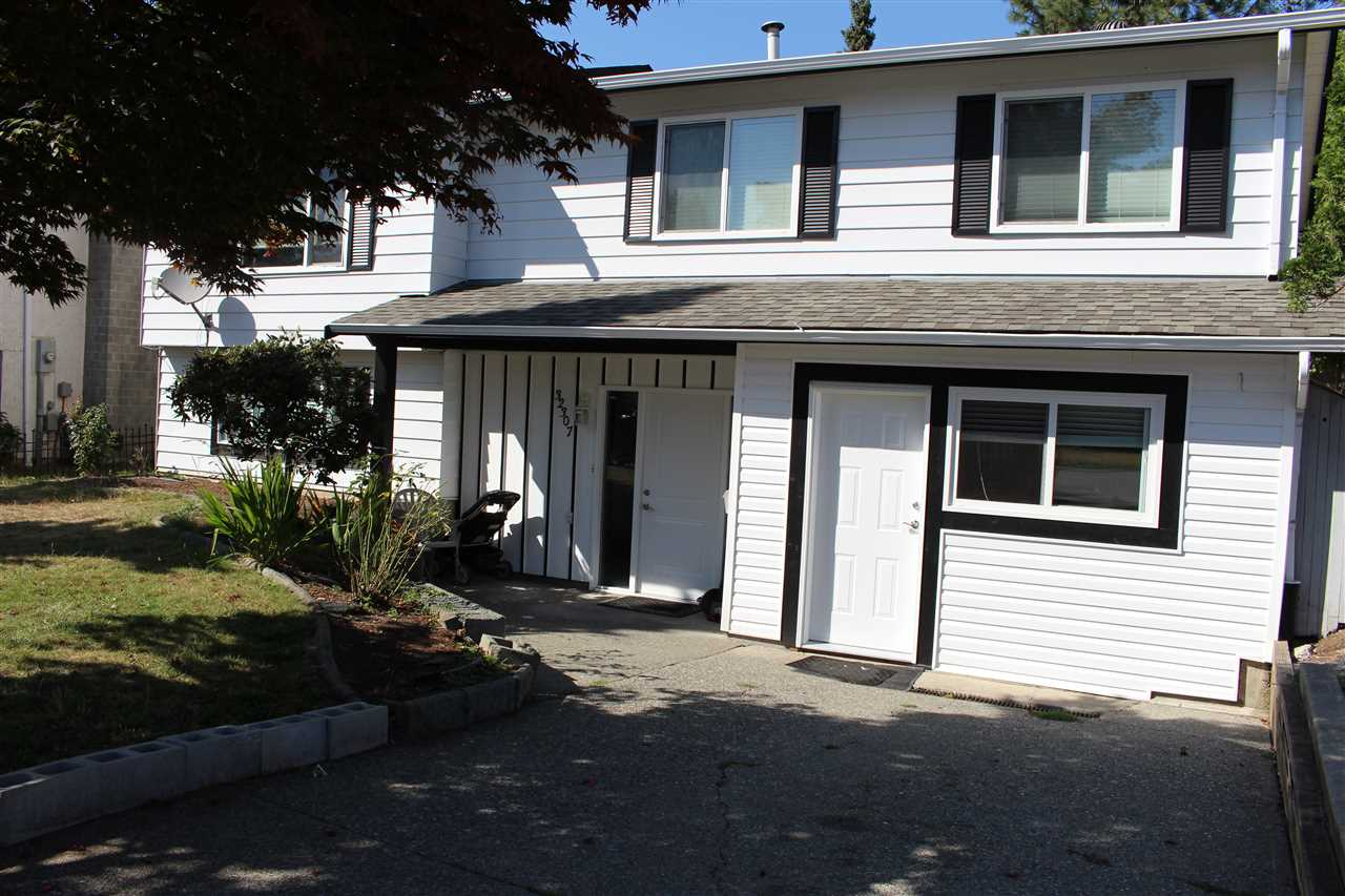 FEATURED LISTING: 32307 ADAIR Avenue Abbotsford