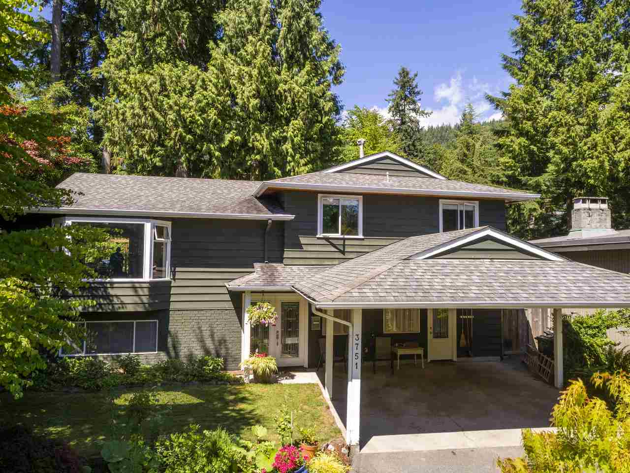 FEATURED LISTING: 3751 ROBLIN Place North Vancouver