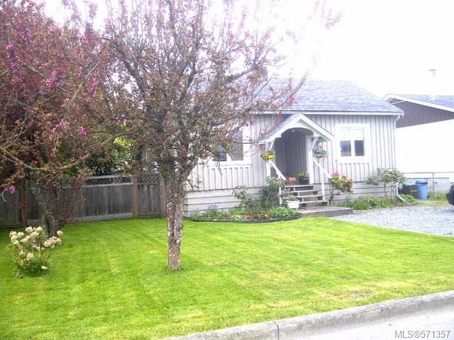 FEATURED LISTING: 1070 Marchmont Rd DUNCAN