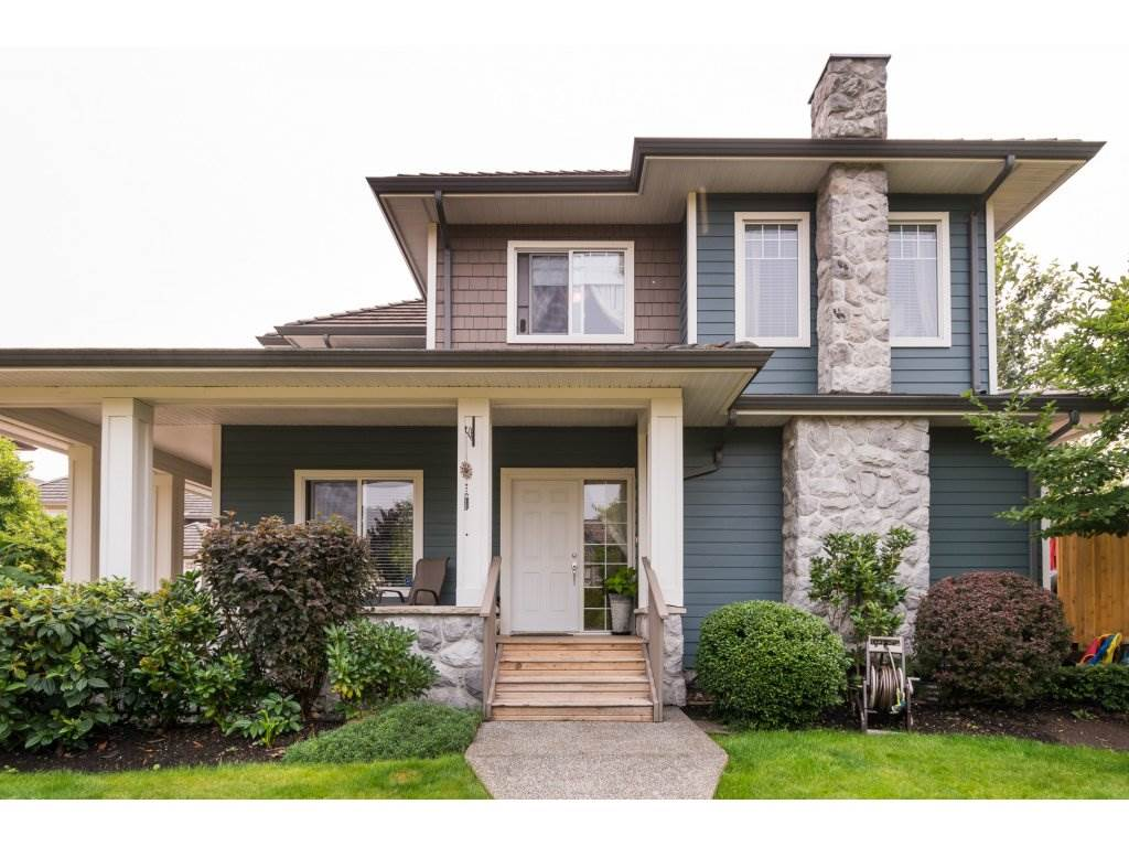 "Main Photo: 7 3363 ROSEMARY HEIGHTS Crescent in Surrey: Morgan Creek Townhouse for sale in ""ROCKWELL"" (South Surrey White Rock)  : MLS® # R2196017"