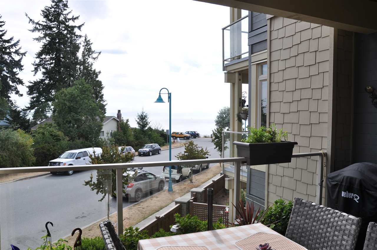 "Photo 15: 231 5160 DAVIS BAY Road in Sechelt: Sechelt District Condo for sale in ""THE WEST AT DAVIS BAY PARKWAY"" (Sunshine Coast)  : MLS® # R2204249"