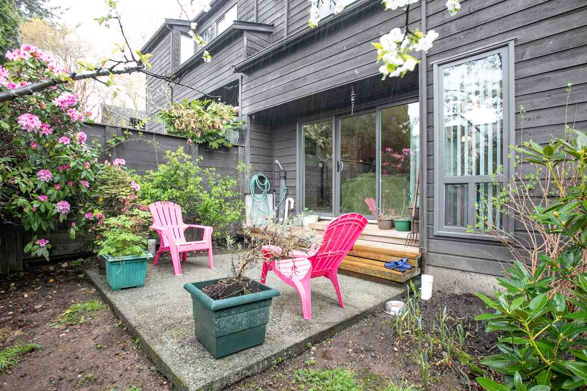 FEATURED LISTING: 13 - 3220 ROSEMONT Drive Vancouver