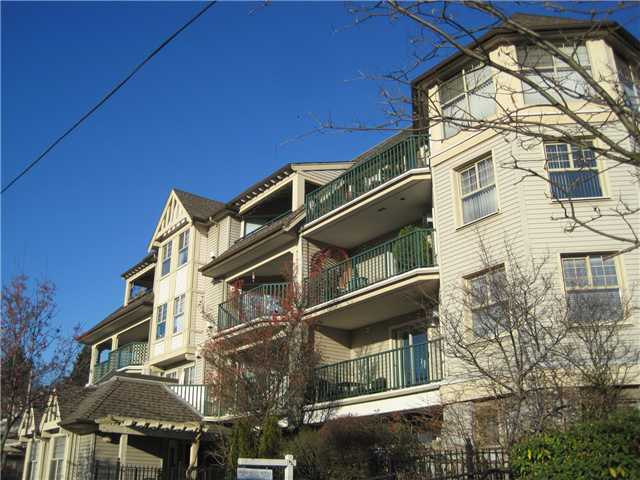 "Main Photo: 302 215 12TH Street in New Westminster: Uptown NW Condo for sale in ""DISCOVERY REACH"" : MLS® # V924683"