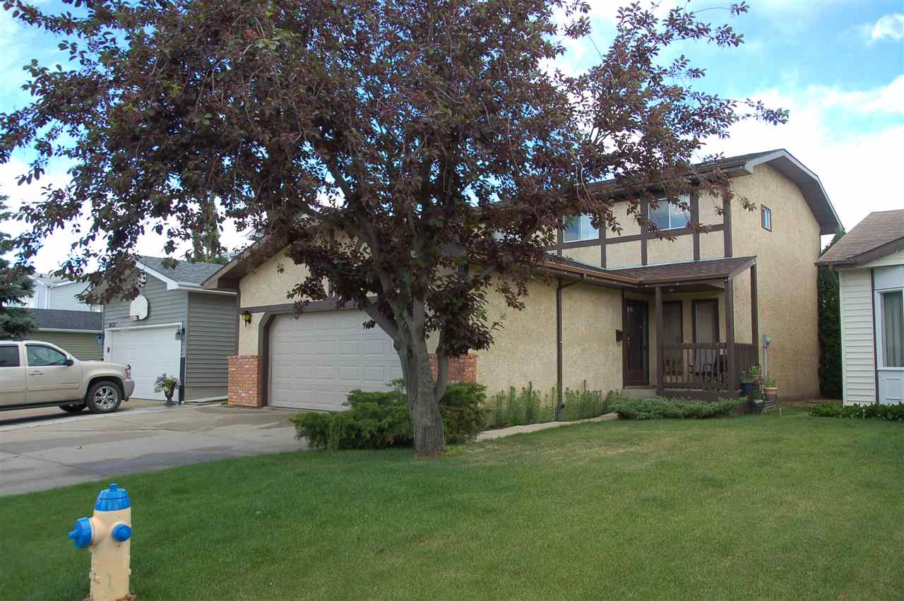 Main Photo: 8519 190 St in Edmonton: Zone 20 House for sale : MLS® # E4072067