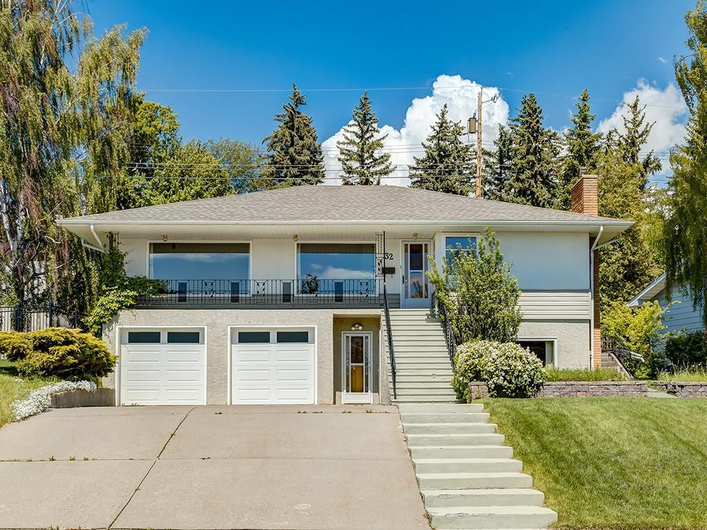 FEATURED LISTING: 32 CUMBERLAND Drive Northwest Calgary