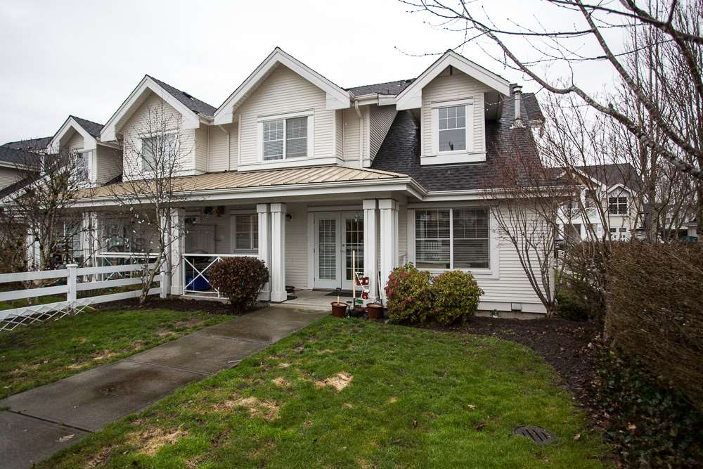 "Photo 18: 90 17097 64 Avenue in Surrey: Cloverdale BC Townhouse for sale in ""Kentucky"" (Cloverdale)  : MLS(r) # R2146336"