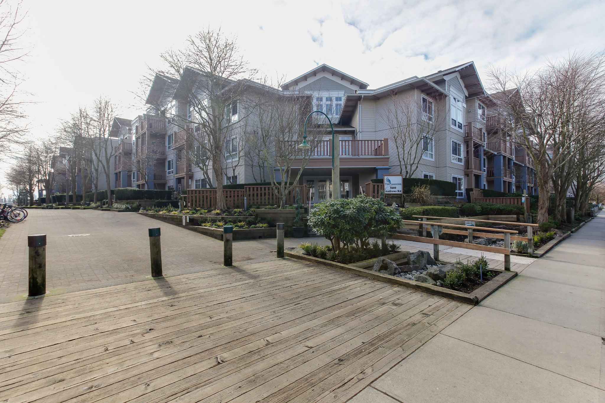 FEATURED LISTING: 105 - 5600 ANDREWS Road Richmond