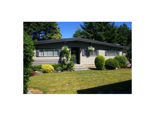 Main Photo: 1664 HIGHVIEW Street in Abbotsford: Poplar House for sale : MLS® # R2187468