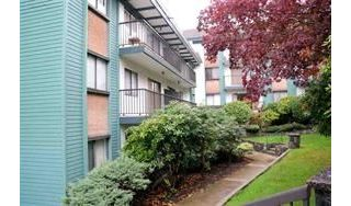 "Main Photo: 403 5450 EMPIRE Drive in Burnaby: Capitol Hill BN Condo for sale in ""EMPIRE PLACE"" (Burnaby North)  : MLS® # R2227534"