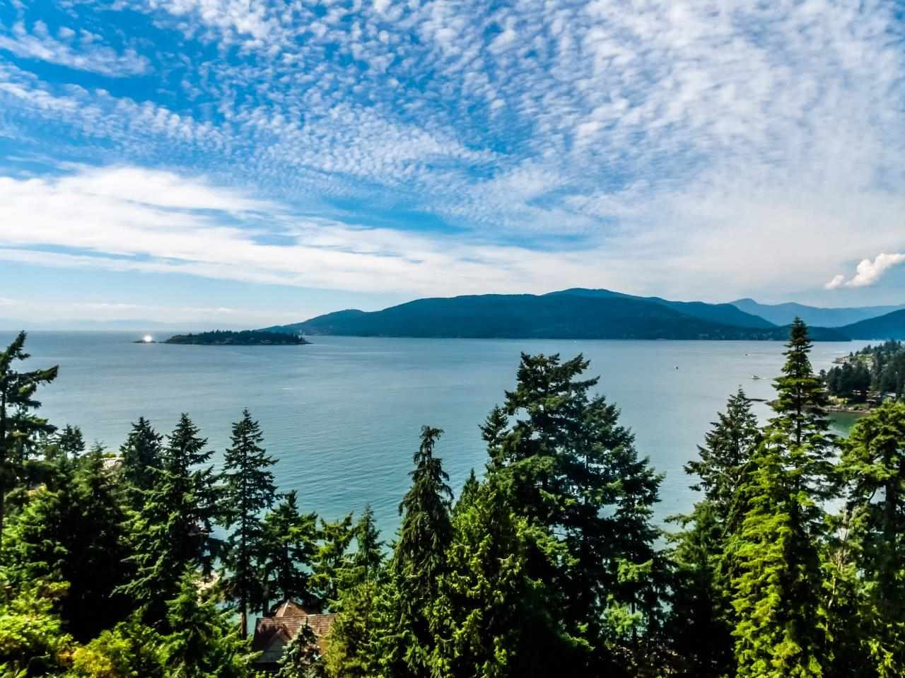 Main Photo: 5380 MARINE Drive in West Vancouver: Caulfeild House for sale : MLS® # R2205791