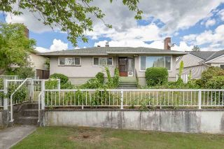Main Photo: 4853 BRENTLAWN Drive in Burnaby: Brentwood Park House for sale (Burnaby North)  : MLS®# R2278650